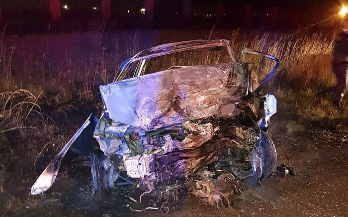 The scene of a road accident in Vereeniging where three people lost their lives after a head-on collision, on 6 May 2018. Picture: ER24
