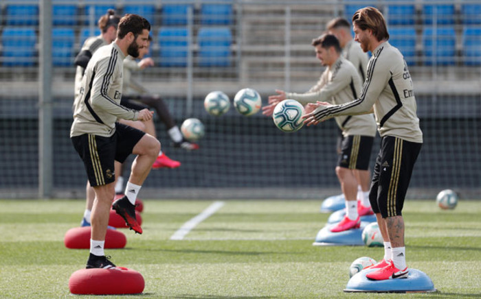 Real Madrid players during a training session. Picture: @realmadriden/Twitter