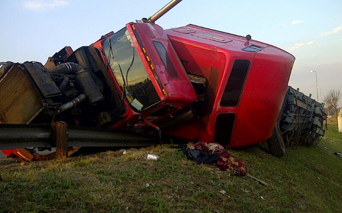 Police suspect a truck driver lost control of his vehicle before it overturned on the N2 near Riversdale.