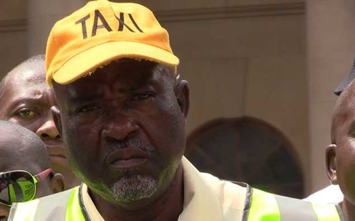 FILE: Metered taxi drivers are facing stiff competition from Uber, and are demanding that the cab hailing service be shut down. Picture: Vumani Mkhize/EWN.