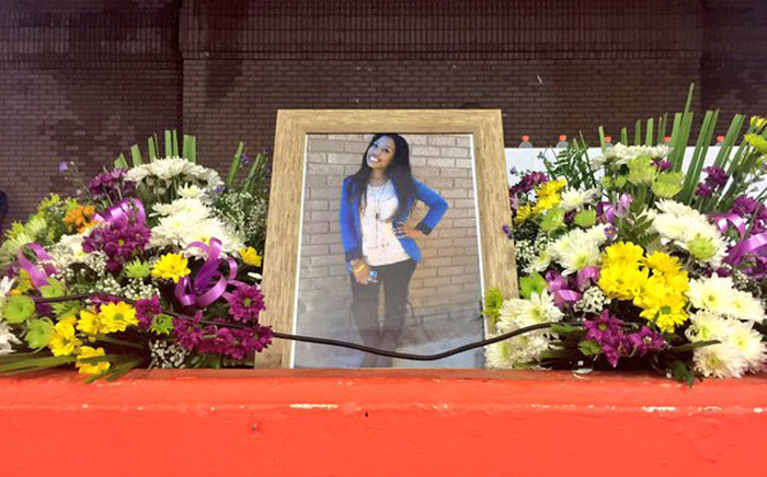 Palesa Madibas family and friends gathered at the University of Johannesburg's Soweto campus for her memorial service on 9 January 2016. Picture: Emily Corke/EWN.