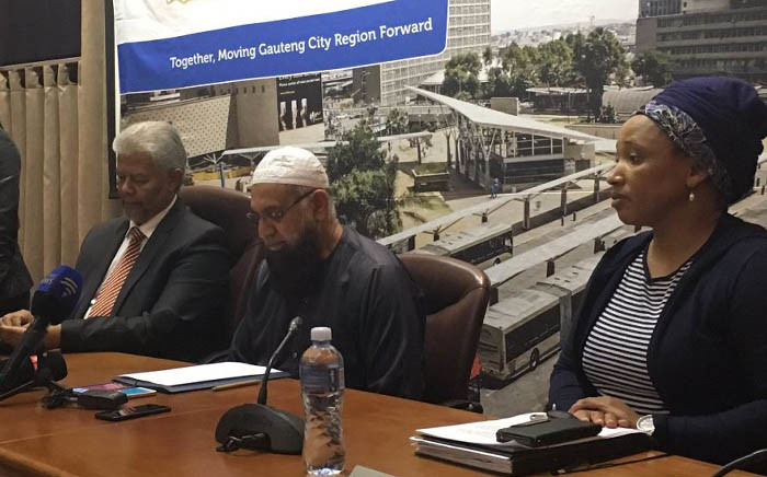 Gauteng Transport MEC Ismail Vadi briefs the media on the closure of some Soweto taxi routes on Friday 11 August 2017. Picture: Hitekani Magwedze/EWN