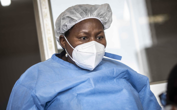 FILE: Gauteng Health MEC Dr Nomathemba Mokgethi gearing up in PPE as she visits the Nasrec Field Hospital in Johannesburg on 25 January 2021. Picture: Abigail Javier/Eyewitness News