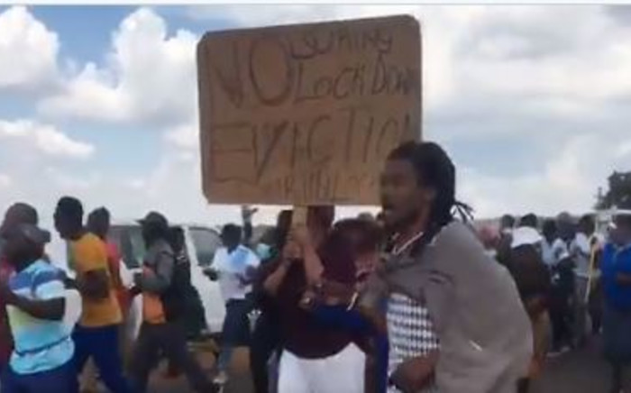 Protesting Kokotela residents on Sunday, 19 April 2020. They took to the streets over government's decision to evict them. Picture: Screenshot