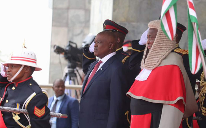 FILE: Mokgweetsi Masisi is sworn in as the president of Botswana in Gaborone on 1 November 2019. Picture: @BWGovernment/Twitter