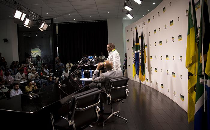 ANC Secretary General Gwede Mantashe speaks to the media at Luthuli house on 5 April 2017 in Johannesburg following the ANC NWC meeting after President Jacob Zuma's Cabinet reshuffle. Picture: Reinart Toerien/EWN