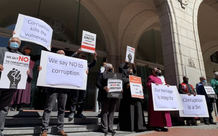 Leaders from various denominations held a silent protest outside St Georges Cathedral in Cape Town and at the Western Cape Legislature on 16 September 2020.  Picture: Kaylynn Palm/EWN