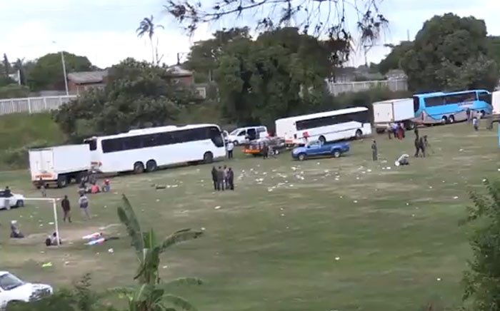Buses preparing to take the first group of Zimbabweans from Durban on 19 April 2015, following days of xenophobic attacks in the area. Picture: EWN.