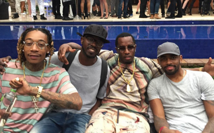Black Coffee was seen hanging with US rapper, Sean Combs, famously known as P Diddy at a party in Miami. Picture: Screengrab.