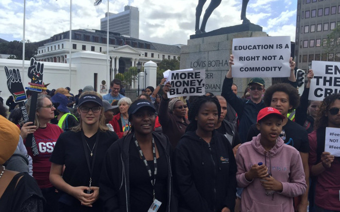 FILE: University of Cape Town academics and Health Faculty students demonstrate outside Parliament. Picture: Natalie Malgas/EWN.