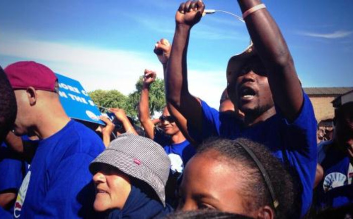 The DA's anti-gangsterism and drug abuse march in Manenberg on 19 April. Picture: Twitter.
