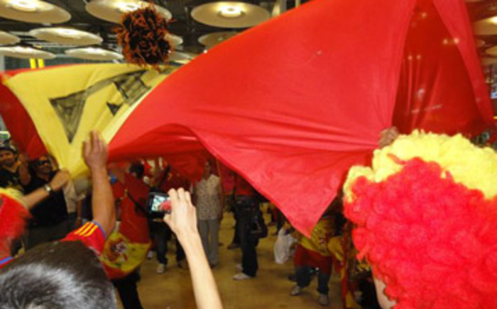 Fans welcome the World Cup champions home at Madrid Airport in Spain. Picture: Mandy Wiener/EWN