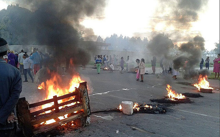 Residents in Reiger Park barricaded roads during a service delivery protest on 9 March 2017. Picture: @ShireenMotara.
