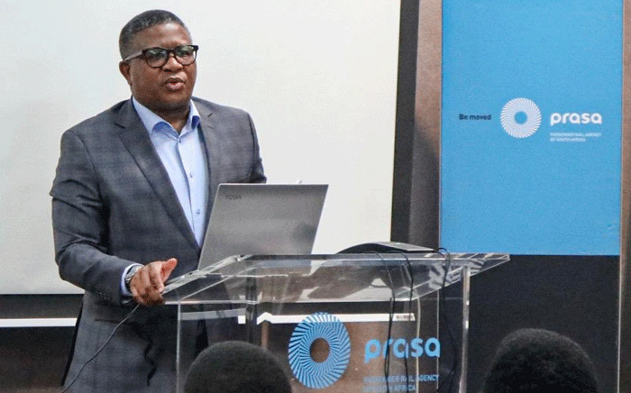 Transport Minister Fikile Mbalula addresses Prasa employees and the media at the state-owned entity's headquarters. Picture: @MbalulaFikile/Twitter.