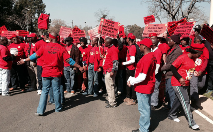 FILE: Over 200,000 Numsa-affiliated workers downed tools across the country on 1 July. Picture: Sebabatso Mosamo/EWN.