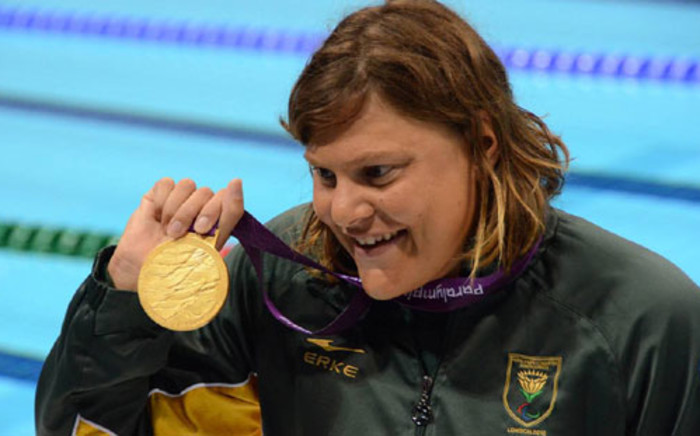 FILE: Natalie du Toit wins gold in the women's 400m freestyle race in the Paralympics. Picture: Wessel Oosthuizen/SA Sports Picture Agency.