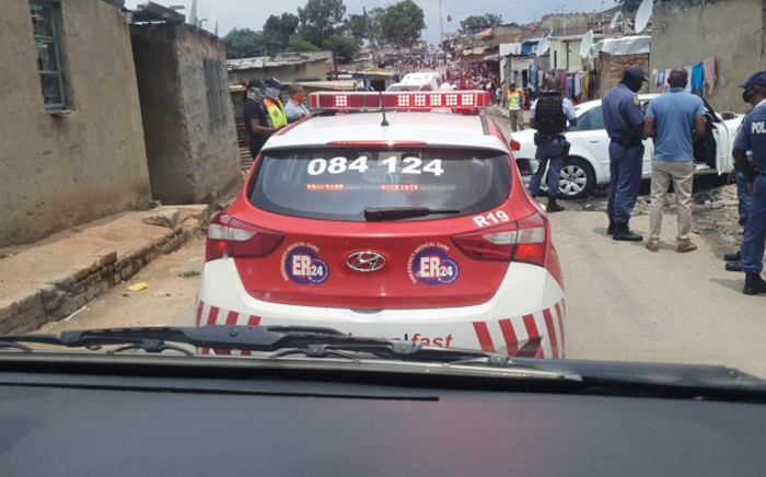 A man, believed to be in his 30s, was shot and killed on 9 February 2021 in Alexandra. Picture: @ER24EMS/Twitter.