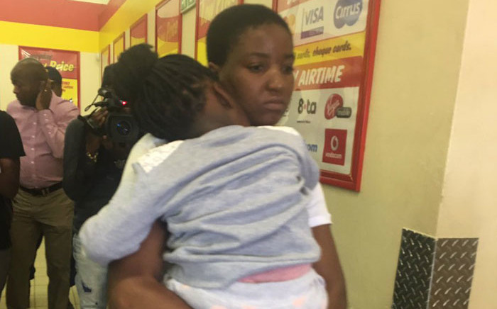Thandi Shaparadzo was assaulted and handcuffed after her three year old daughter apparently relieved herself outside the Usave Shoprite in Cosmo City. Picture: Masa Kekana/EWN