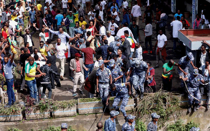 Ethiopian security forces intervene on Meskel Square in Addis Ababa on 23 June 2018 where a blast killed at least 2 people during a rally called by the Prime Minister Abiy Ahmed. Picture: AFP.