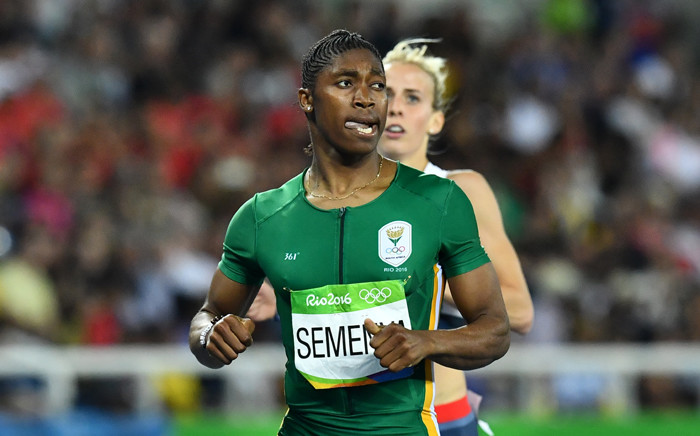 South Africa's Caster Semenya, and Britain's Lynsey Sharp compete in the Women's 800m Semifinal during the athletics event at the Rio 2016 Olympic Games at the Olympic Stadium in Rio de Janeiro on 18 August, 2016. Picture: AFP.