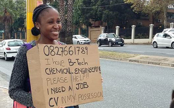 Graduate Anthea Malwandle stood at a busy Rosebank intersection after she had tried, unsuccessfully, to use traditional channels to seek employment. Picture: Social Media