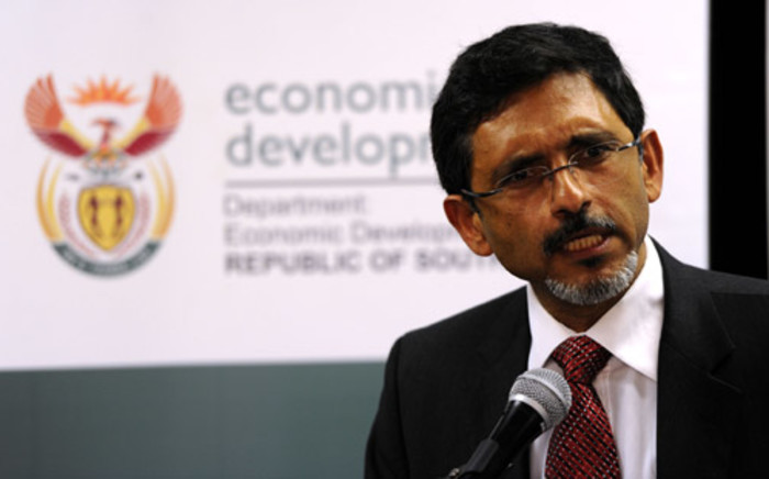 Economic Development Minister Ebrahim Patel delivers the keynote address at the SA Institute of Chartered Accountants conference at Kyalami Business Park in Johannesburg, Wednesday, 18 July 2012. Picture: Werner Beukes/SAPA