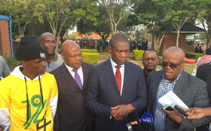 Gauteng Human Settlements MEC Paul Mashatile (centre) says there will be no more evictions and demolitions in Hammanskraal following a meeting with community leaders. Picture: Vumani Mkhize/EWN.