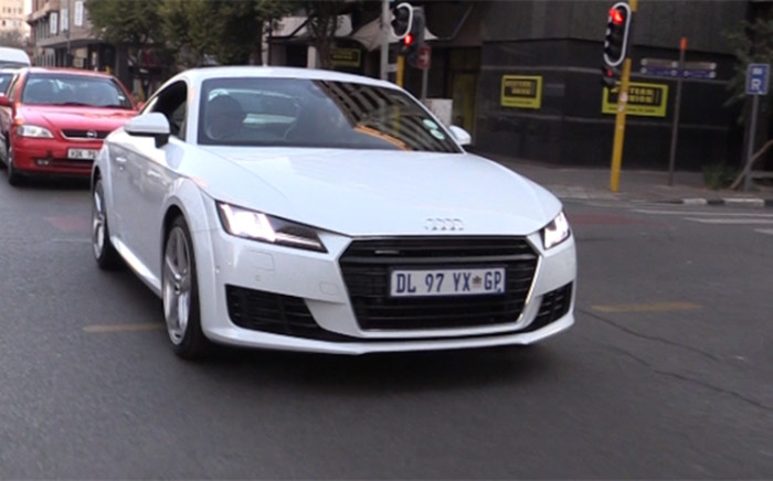 Audi TT 2015 takes to the streets of Johannesburg CBD, proving to be the rose among the thorns. Picture:Kgothatso Mogale/EWN