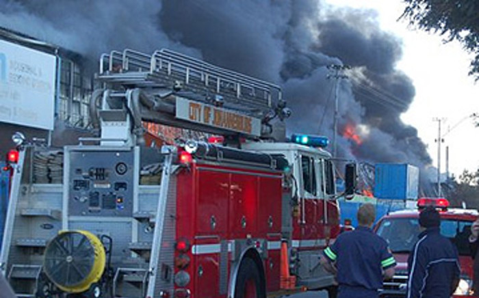 FILE: Fire engine outside a burning warehouse in Johannesburg. Picture: EWN.