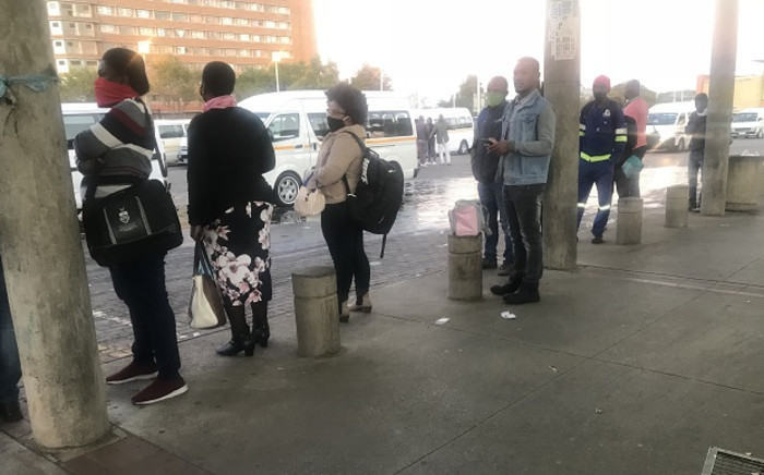 Taxi commuters at Baragwanath Taxi Rank on 4 May 2020. Picture: Kgomotso Modise/EWN.