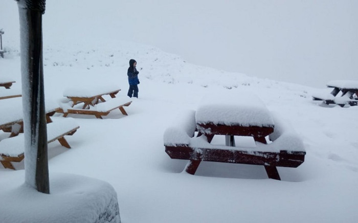Snowfall in Lesotho. Picture: @SnowReportSA/Twitter.