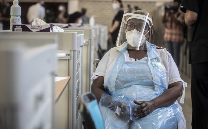 A vaccinator at Chris Hani Baragwanath Hospital in Soweto. Picture: Abigail Javier/Eyewitness News