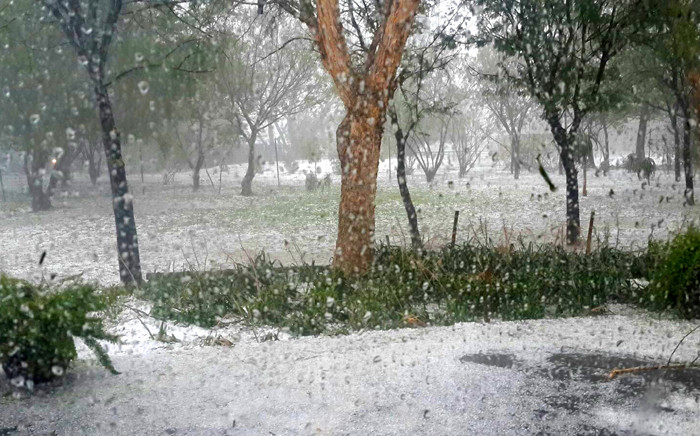 FILE: The South African Weather Service has warned residents and motorist to brace for another hailstorm later this afternoon in parts of Gauten. Picture: Christie Rob/iWitness.