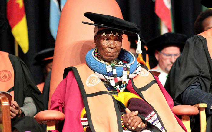 Esther Mahlangu received her doctoral degree on 9 April 2018. Picture: @go2uj/Twitter