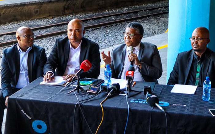 Transport Minister Fikile Mbalula and officials from Prasa briefed the media at Cape Town Train Station on 28 November 2019 after 18 train carriages were destroyed in a fire. Picture: @MbalulaFikile/Twitter