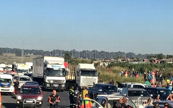 N12 Putfontein crash left 1 person dead and around 60 injured. Picture: Twitter/@Netcare911_sa.