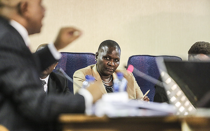 FILE: Suspended National Police Commissioner Riah Phiyega listens to representation by Advocate Dali Mpofu during closing arguments at the inquiry into her fitness to hold office in Centurion on 1 June 2016. Picture: Reinart Toerien/EWN.