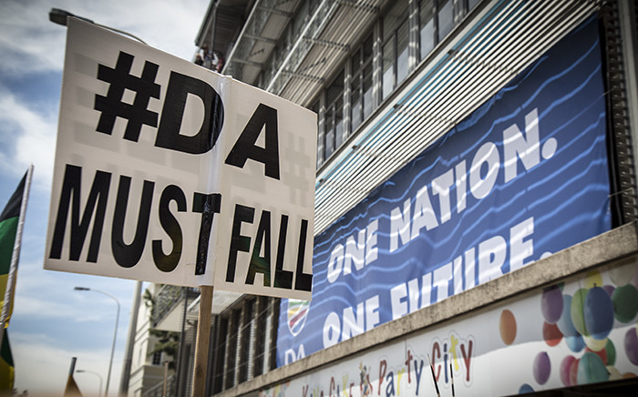 The ANC Youth League held a rally outside the DA headquarters on Mill Street. The ANC say the DA are running a racist government in the Western Cape. Picture: Thomas Holder/EWN.