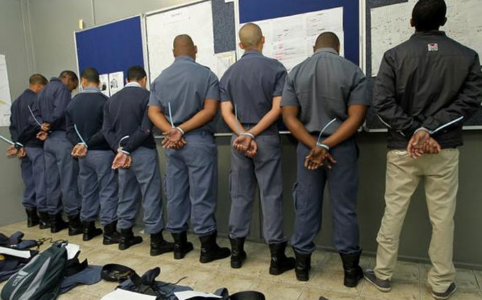 Police officers, including a former cop, were arrested in Parow, Cape Town for allegedly taking bribes from suspects and stealing crime scene exhibits. Picture: Twitter via @MrCow_man