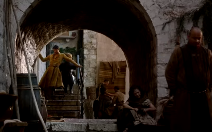 Screengrab from Game of Thrones blooper reel.