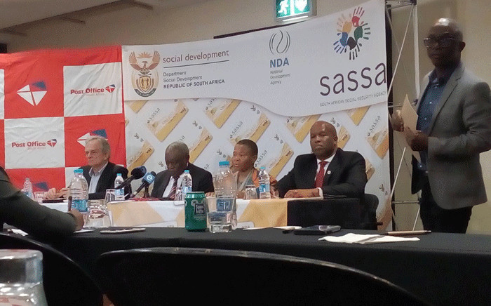 Ministers Siyabonga Cwele and Susan Shabangu with Post Office CEO Mark Barnes and Sassa acting CEO Abraham Mahlangu brief media about progress with Sassa project on 31 Agust 2018. Picture: @PostofficeSa/Twitter.
