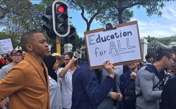 Students protest at Parliament in Cape Town for free education on 22 September 2016. Picture: EWN.