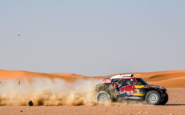 Carlos Sainz on his way to winning stage 9 of the Dakar Rally on 15 January 2020. Picture: @dakar/Twitter
