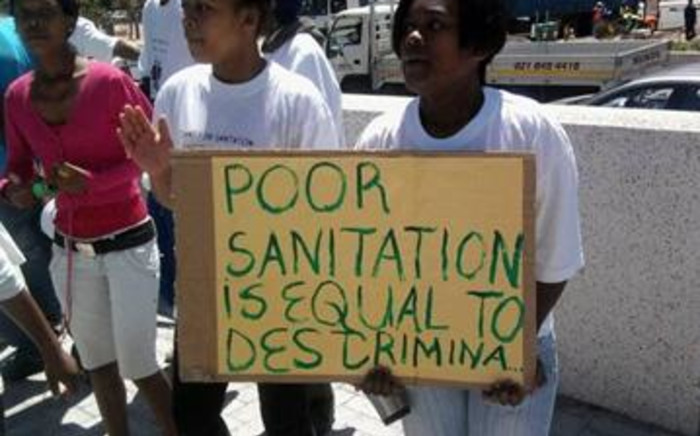 FILE: Protesters outside the Cape Town Civic Centre on 20 October 2010 unhappy with the Makhaza toilet saga. Picture: EWN