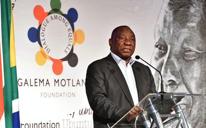 """President Cyril Ramaphosa speaks at the inaugural """"Inclusive Growth Conference"""" in the Drakensberg organised by former President Kgalema Motlanthe's foundation on 15 June 2018. Picture: Twitter/@PresidencyZA."""
