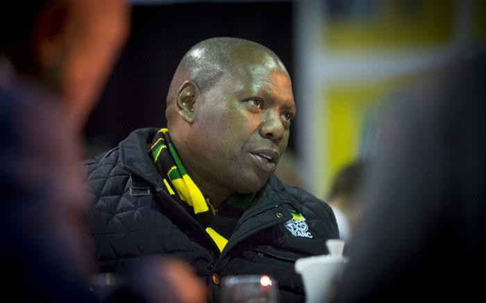 ANC Treasurer General Zweli Mkhize eats breakfast before presenting at a breakfast briefing at the ANC NPC. Picture: Thomas Holder/EWN