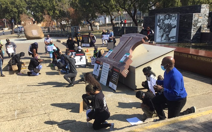 The Ahmed Kathrada Foundation held a picket on Sunday, 7 June 2020A at the Hector Peterson memorial to highlight the ongoing global racism and police brutality. Picture: Kgomotso Modise/EWN