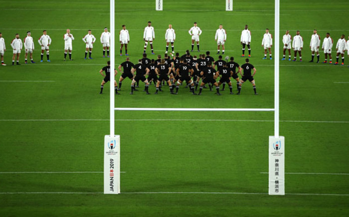 England watch the All Blacks doing the haka ahead of the start of their Rugby World Cup semifinal match in Yokohama, Japan on 26 October 2019. Picture: @rugbyworldcup/Twitter