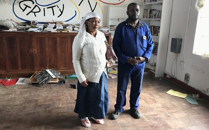 Fiela & Andre Makelie lost their home in Geelhoutvlei when the fire destroyed it in the early hours of Tuesday morning. The sawmill where Andre worked also burnt down - leaving him jobless. Picture: Monique Mortlock/EWN