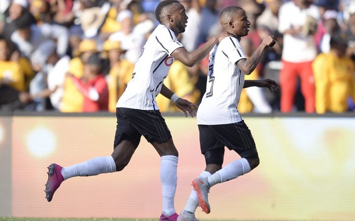 Orlando Pirates' Thembinkosi Lorch and Fortune Makaringe. Picture: @Orlandopirates/Twitter